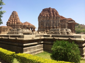 Sas Bahu Temple complex