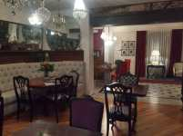 Dining/ parlor